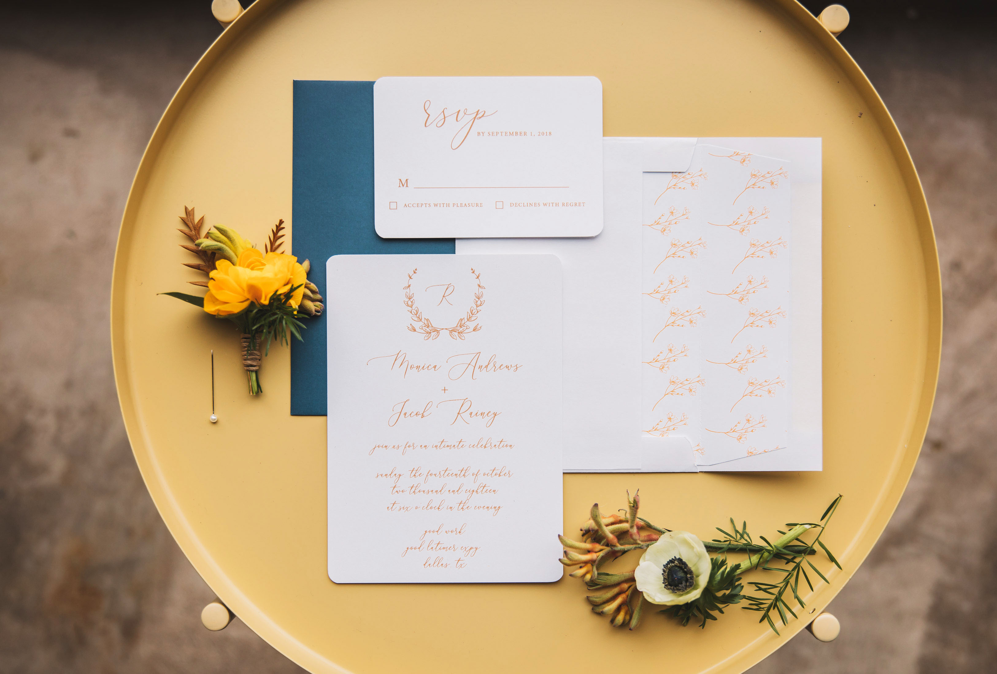 Mustard Yellow – A Fall Wedding Must Have