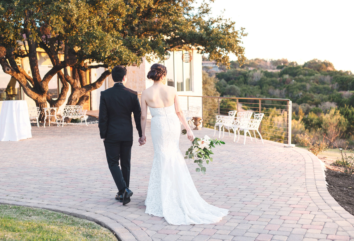 Austin Texas sunset wedding by Monika Normand Photography